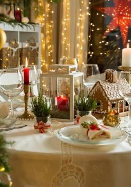 Il nostro menu nell'atmosfera Natalizia di casa tua